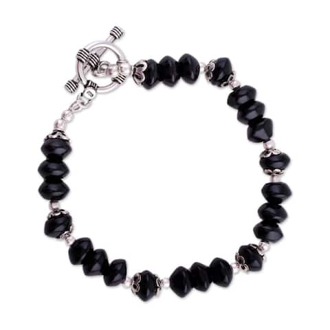 Handmade Sterling Silver Modern Mystery Onyx Beaded Bracelet (India) - Black