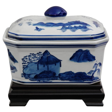 Handmade Porcelain 8-inch Blue and White Landscape Covered Jar (China)