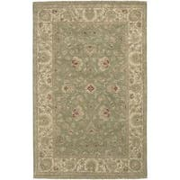 Hand-knotted Amaranthine Green Wool Area Rug (5'6 x 8'6) - 5'6 x 8'6