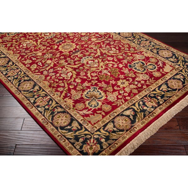 Hand-knotted Finial Red Wool Rug (5'6 x 8'6)