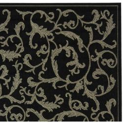 Safavieh Mayaguana Black/ Sand Indoor/ Outdoor Rug (2'7 x 5') - Thumbnail 1