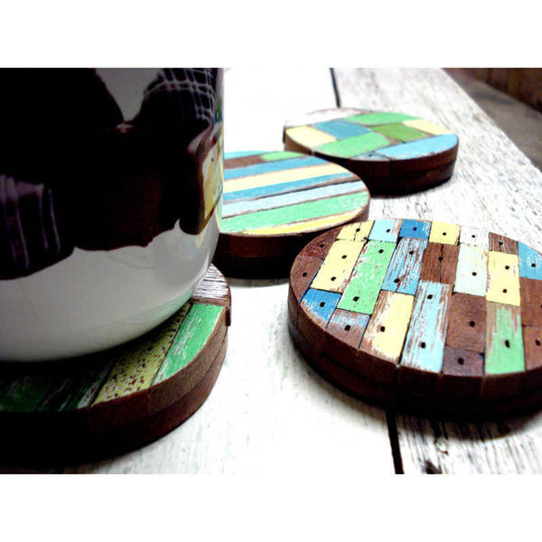 Handmade Set of 4 Recycled Wood Beach Hut Coasters (Thailand)