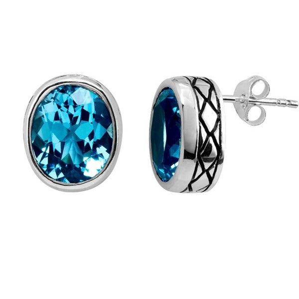Handmade Sterling Silver Faceted Blue Topaz Bali Stud Earrings (Indonesia)