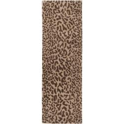 Hand-tufted Tan Leopard Whimsy Animal Print Wool Rug (2'6 x 8')