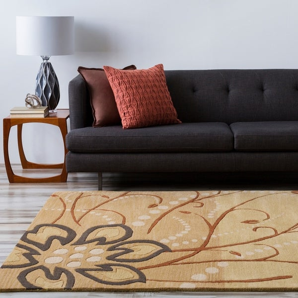 Hand-tufted Whimsy Beige Floral Wool Area Rug - 4' x 6'