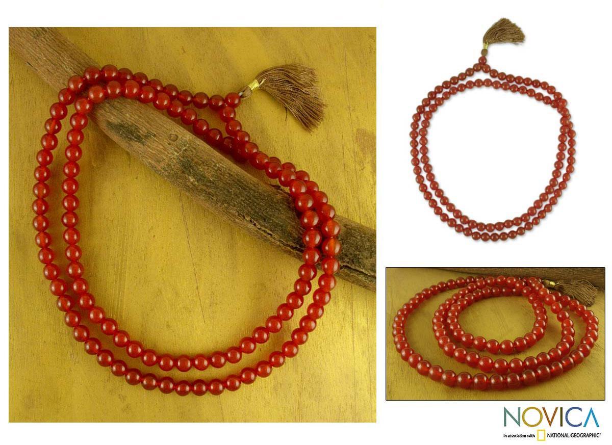 Handmade Carnelian 'Pray' Jap Mala Prayer Beads Necklace (India)