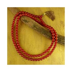 Handmade Carnelian 'Pray' Jap Mala Prayer Beads Necklace (India)