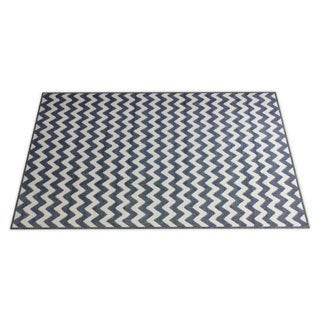 Thumbnail 1, Williamsburg Bedford Chevron Zebra Rug (7'6 x 9'6).