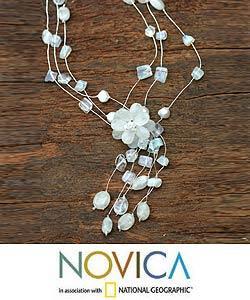 Handmade Silk 'Fantasy' Moonstone Pearl Necklace (6 mm) (Thailand) - Thumbnail 2