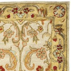 Safavieh Handmade Classic Grey/ Light Gold Wool Runner (2'3 x 8') - Thumbnail 1