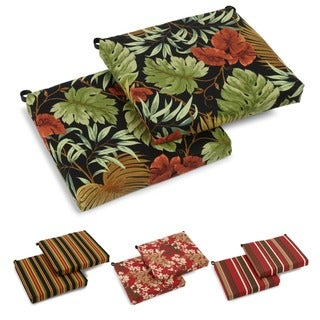 Blazing Needles Patterned All-weather UV-resistant Outdoor Chair Cushions (Set of 2)
