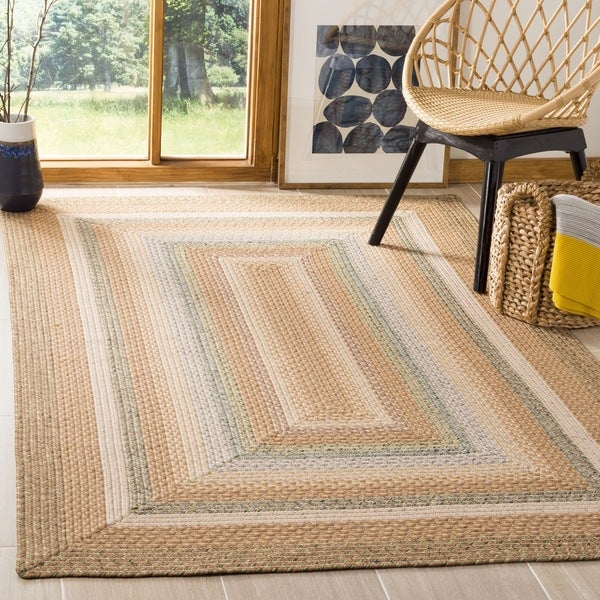 Safavieh Hand-woven Country Living Reversible Tan Braided Rug (4' x 6')