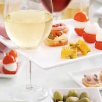 Red Vanilla Trends 7.5-inch Wine and Cheese Party Plates (Pack of 6)
