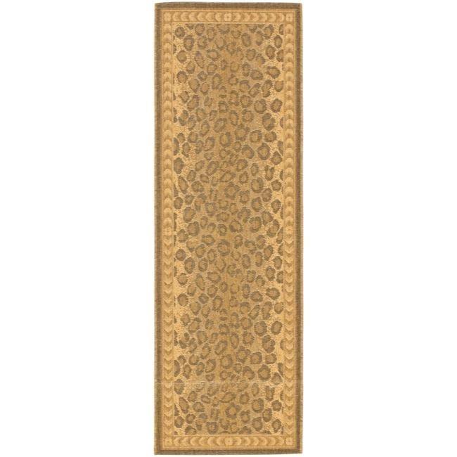 Safavieh Courtyard Natural/ Gold Leopard Print Indoor/ Outdoor Runner - 2'4 x 6'7