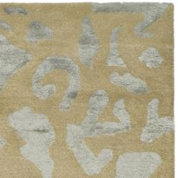 Safavieh Handmade Soho Taupe/ Light Blue Grey New Zealand Wool Rug (7'6 x 9'6) - Thumbnail 1