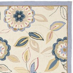 Safavieh Hand-hooked Floral Garden Ivory/ Blue Wool Rug (7'9 x 9'9) - Thumbnail 1