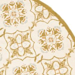 Safavieh Hand-hooked Chelsea Harmony Ivory Wool Rug (8' Round) - Thumbnail 1