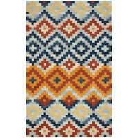 Safavieh Hand-hooked Chelsea Southwest Multicolor Wool Rug - 3'9 x 5'9