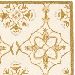Safavieh Hand-hooked Chelsea Harmony Ivory Wool Runner (2'6 x 8') - Thumbnail 1