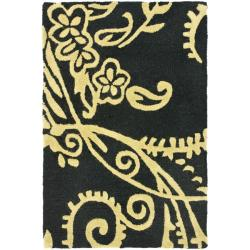 Safavieh Handmade Soho Black Green/ Ivory New Zealand Wool Rug - 2' x 3'