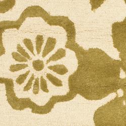 Safavieh Handmade Soho Beige/ Green New Zealand Wool Runner (2'6 x 8') - Thumbnail 2