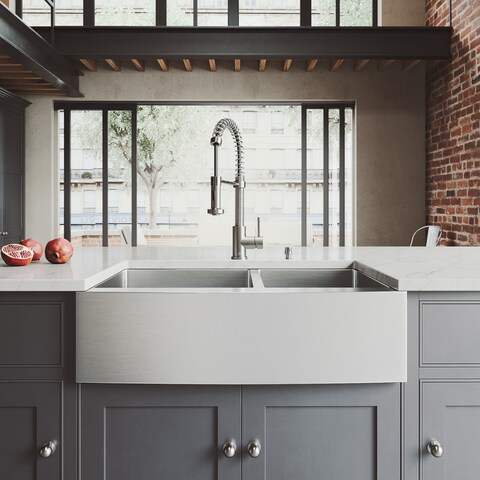 VIGO All-In-One 33? Bingham Stainless Steel Double Bowl Farmhouse Kitchen Sink Set With Edison Faucet In Stainless Steel