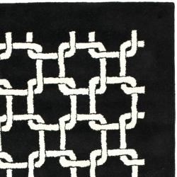 Safavieh Handmade Soho Black New Zealand Wool Rug (5' x 8') - Thumbnail 1