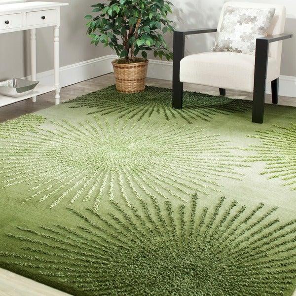 Safavieh Handmade Soho Burst Green New Zealand Wool Rug (6' Square) - 6'