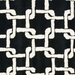 Safavieh Handmade Soho Black New Zealand Wool Rug (6' Square) - Thumbnail 2