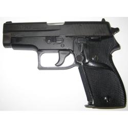 Pachmayr Signature Grip for Sig 225 Pistol - Thumbnail 2