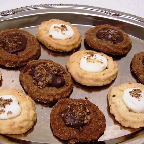 Oma Gisi's Chocolate and Vanilla Spritz Cookies (Box of 24)