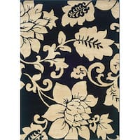 Indoor Black/ Ivory Floral Area Rug (5' x 7'3) - 5' x 7'3""