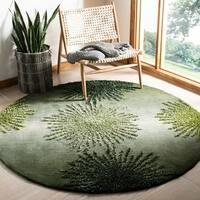 Safavieh Handmade Soho Burst Green New Zealand Wool Rug - 6' x 6' Round