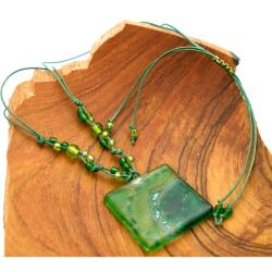 Cotton and Fused Glass Emerald Square Necklace (Chile) - Thumbnail 2
