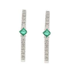 14k White Gold Emerald and 1/8ct TDW Diamond Earrings (H-I, I1-I2)
