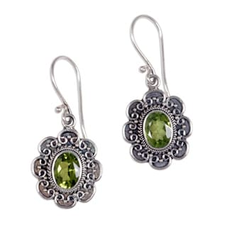 Handmade Sterling Silver 'Bright Blossom' Peridot Dangle Earrings (Indonesia)