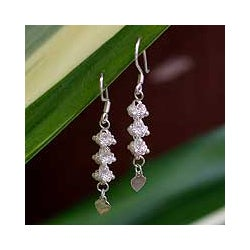 Sterling Silver 'Heart Fall' Filigree Earrings (Thailand)