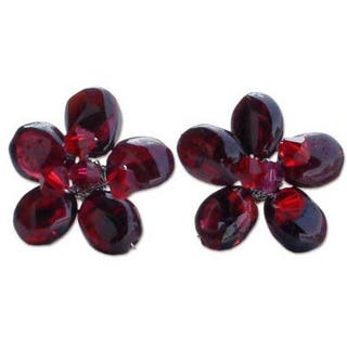 Handmade Sterling Silver 'Scarlet Flower' Garnet Button Earrings (Thailand)|https://ak1.ostkcdn.com/images/products/5836119/P13550569.jpg?impolicy=medium