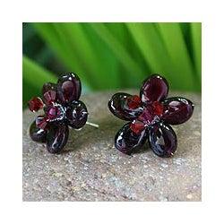 Handmade Sterling Silver 'Scarlet Flower' Garnet Button Earrings (Thailand)