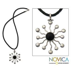 Handmade Sterling Silver 'Black Star' Onyx Necklace (Indonesia)