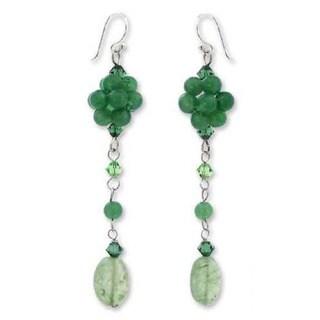 Handmade Sterling Silver 'Floral Green' Quartzite Drop Earrings (Thailand)