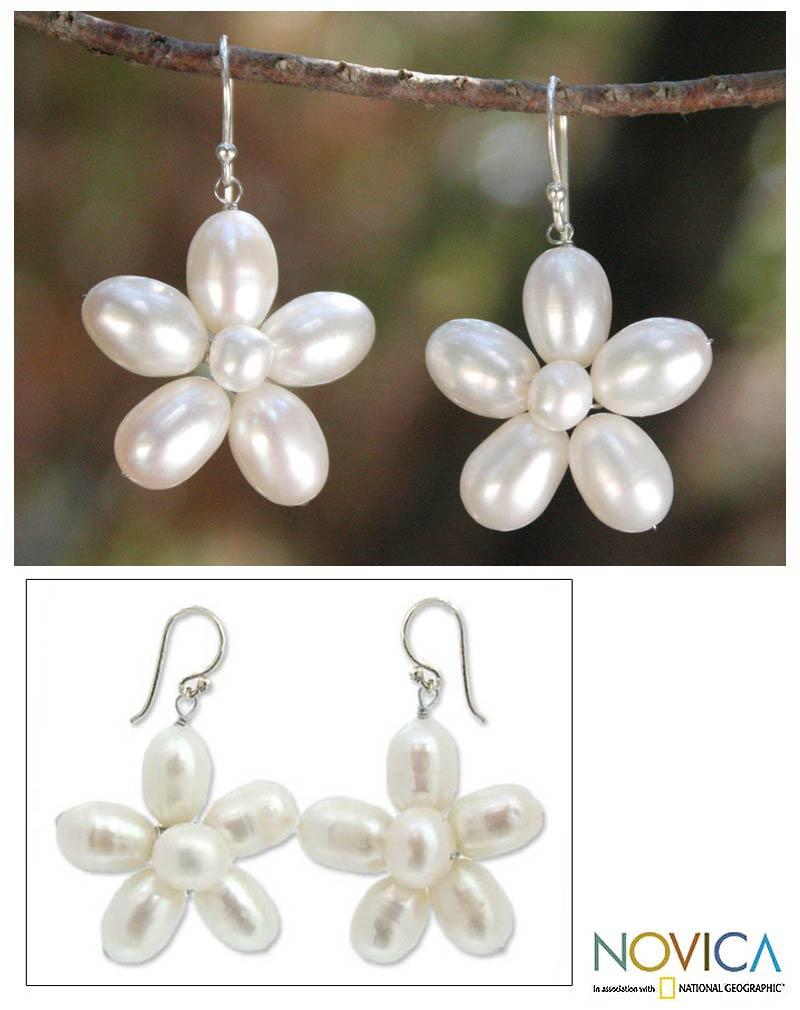 Handmade Sterling Silver 'Paradise' Pearl Earrings (5-7 mm) (Thailand)