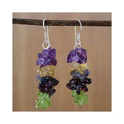 Garnet and Peridot 'Tropical Garland' Earrings (India)