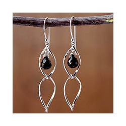 Handmade Sterling Silver 'Dancer' Onyx Dangle Earrings (Thailand)