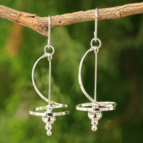 Handmade Sterling Silver Pirouette Drop Swirl/Stately Earrings (Thailand)