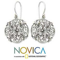 Handmade Sterling Silver 'Remembrance' Filigree Earrings (Indonesia) - Thumbnail 1