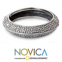 Handmade Sterling Silver 'Bliss' Floral Bracelet (Thailand) - Thumbnail 1