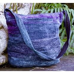 Handmade Rayon from Bamboo Chenille 'Magical Moon' Medium Shoulder Bag (Guatemala)