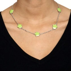 Silvertone Green Enamel 16-inch Daisy Necklace and Earring Set - Thumbnail 2