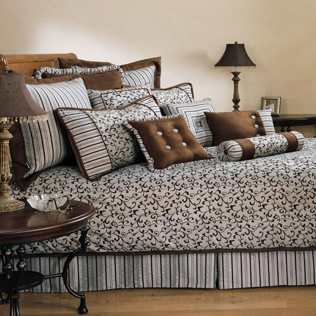 Sherry Kline Belacour Spa Blue 4-piece Comforter Set